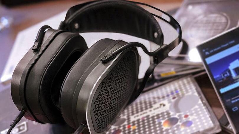 Shure SRH1840 Sony Hi Res MDR1000XB Headphones Audio-Technica ATH-MSR7 Headphones Beyerdynamic DT 880 Edition Cuffie Hi-Fi da 600 Ohm Grado SR 80th Corded Headsets